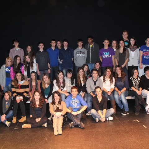 12_13 grupo de teatro mayores